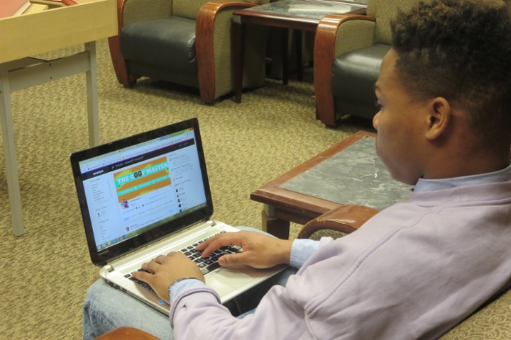 Smalls Jr, working on YouNow at MSU Library. Photo by Noushin Mahmood