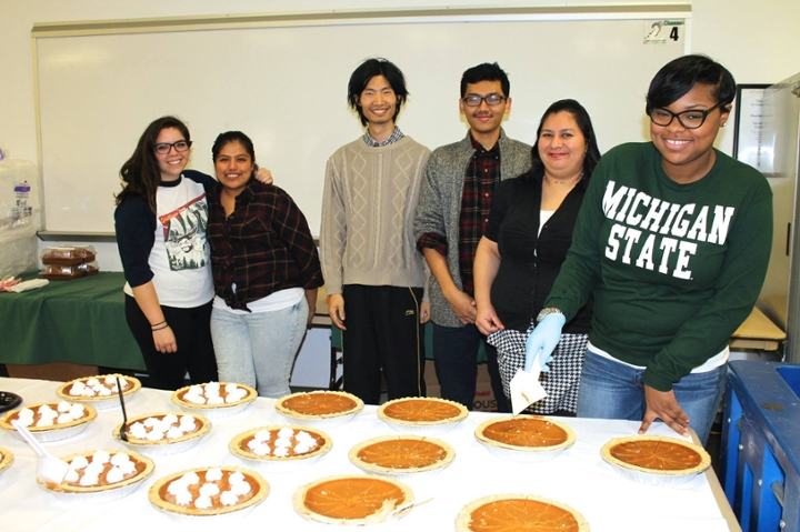 With traditional pumpkin pies calling to them, students and volunteers are excited about Thanksgiving.